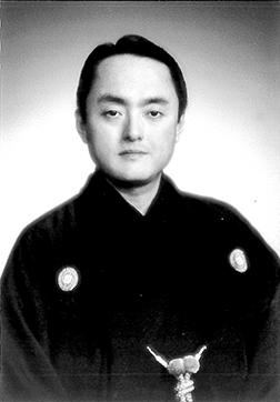 勝美伊三次師(一般社団法人成城古典芸能協会理事)